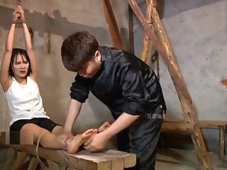 chinese spy girl tickle(tiger stool) asian bdsm brunette